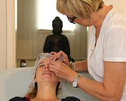 Bo Beauty Center - Berendrecht - Behandeling Environ